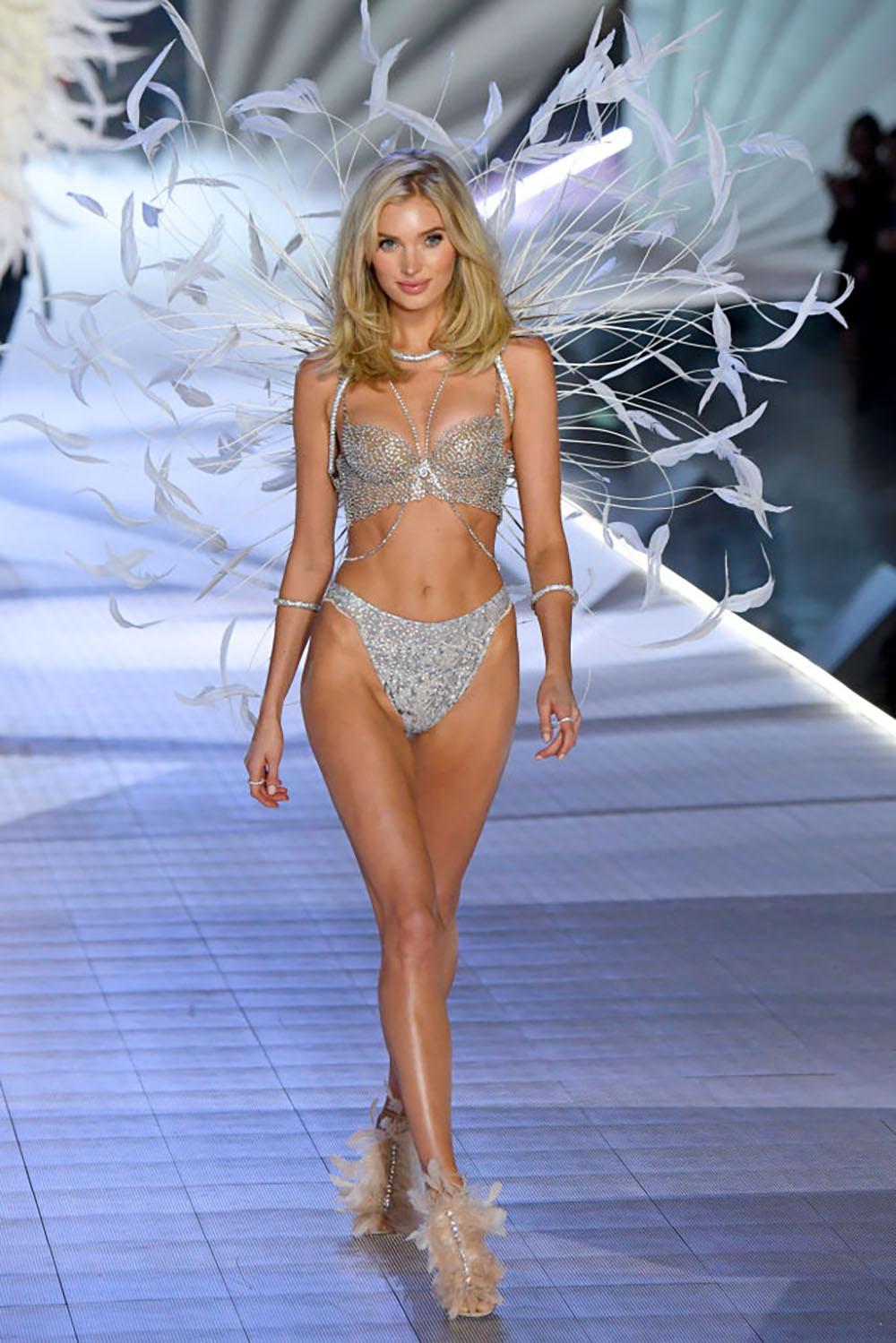 How-these-Victorias-Secret-models-look-THAT-amazing-Elsa-Hosk