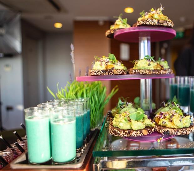 avocado toast and smoothi, eco keto eating, heath, wellness trends, healthista.com