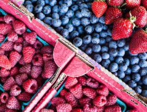 Berries, fruit, refrigerator