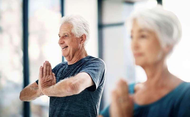 eldercouple-yoga