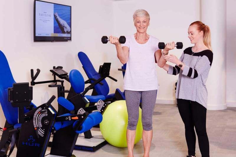 oldwomen at gym