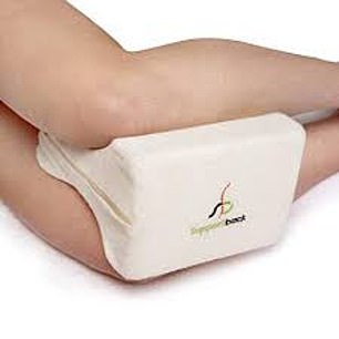 Sports Medica knee pillow has been designed by doctors, physiotherapists and athletes, its makers claim